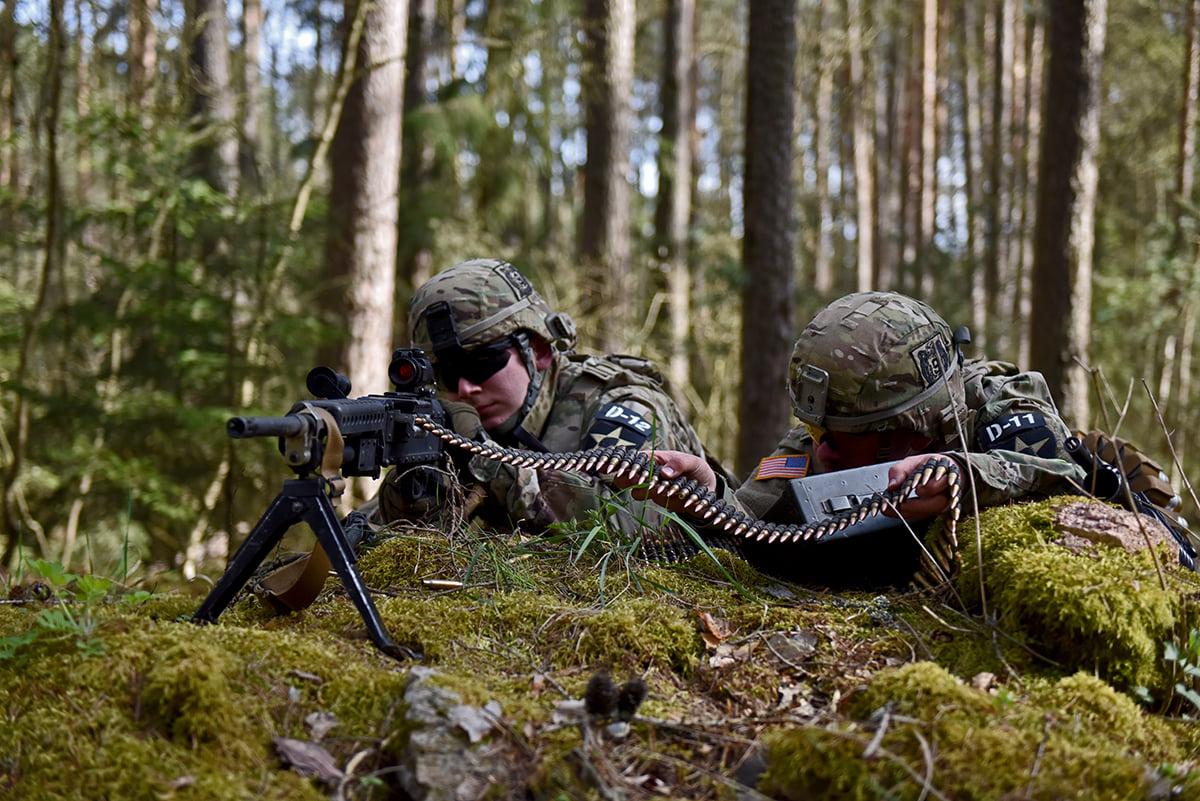 MG Team v akci (kulomet M240b)